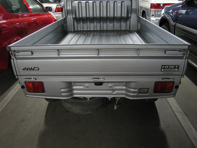 HIJET rear view 2