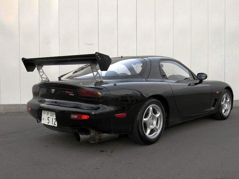 RX-7 TYPE-R GT-Wing rear view
