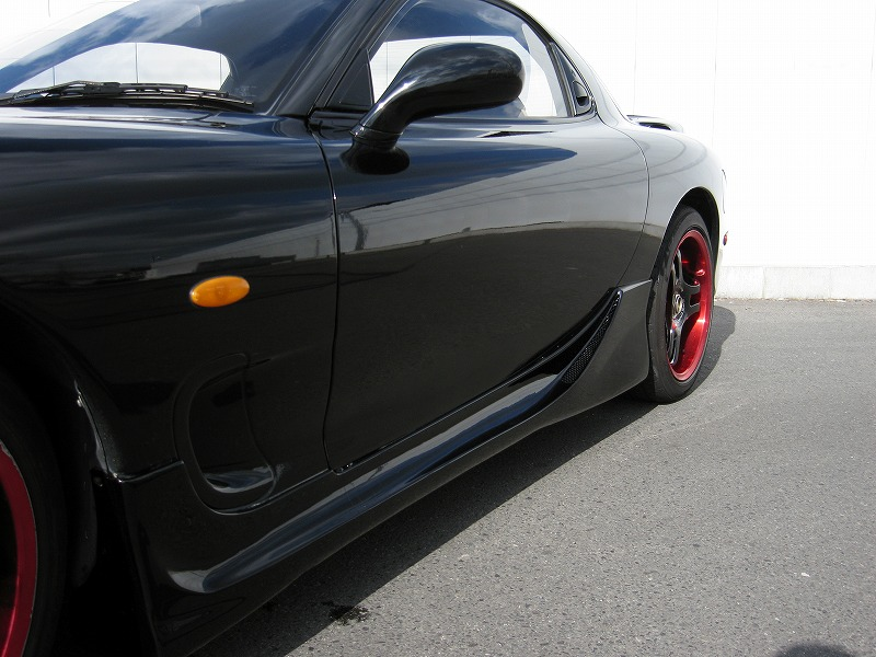 MAZDA RX-7 Type-R�U side door view