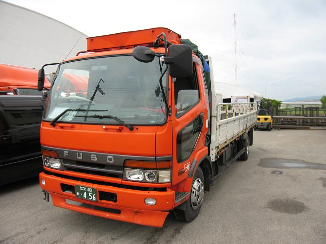 FUSO 4t front view FE FK